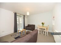 4 bedroom flat in Picton House, London, SW2 (4 bed) (#1027298)