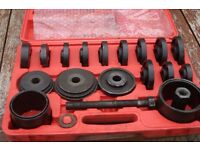 Heavy Duty Front Wheel Hub Drive Bearing Removal Tool Set Kit