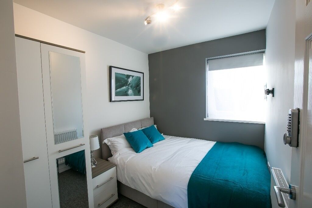 1 Fully Furnished double bedroom remaining!