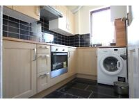SPACIOUS TWO BEDROOM FLAT TO RENT IN WEST DRAYTON NEAR STOCKLEY PARK HEATHROW HILLINGDON UXBRIDGE