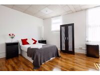 Manchester City Centre - 1 Bedroom Northern Quarter Apartment - ONLY £325 per week Serviced!
