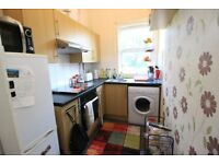 2 bedroom flat to rent in Eastern Avenue