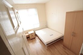 Double room to rent until OCTOBER