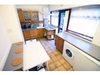 *Must See* Double Room | East Ham + FREE WIFI & Cleaning Included