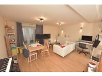 (Anstey rd) Studio flat offered part furnished or unfurnished,modern kitchen,private patio