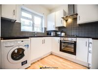 Ultra-Modern Top Spec House Seconds From Streatham Common BR Station - SW16