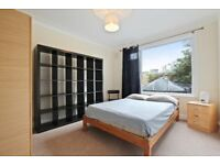 **BERMONDSEY - NEWLY REFURBISHED 3 BEDROOM APARTMENT- BOOK A VIEIWNG TODAY**