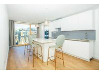 3 bedroom flat in Ellingfort Road, London Fields, E8