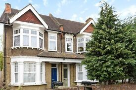 Clifton Road, SE25 - Newly refurbished three bedroom apartment for rent.