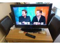 BUSH 26 INCH TV WITH BUILT-IN FREEVIEW AND 3 HDMI INPUTS