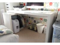 WHITE DESK WITH PULL OUT SIDE TABLE