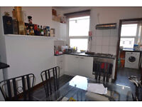 Fantastic Location! Lovely 4 bed Period Flat for £650p/w On Church st N16. WORTH A VIEWING!