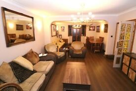 Three bedroom semi-detached house with one W/c and large family bathroom for Rent