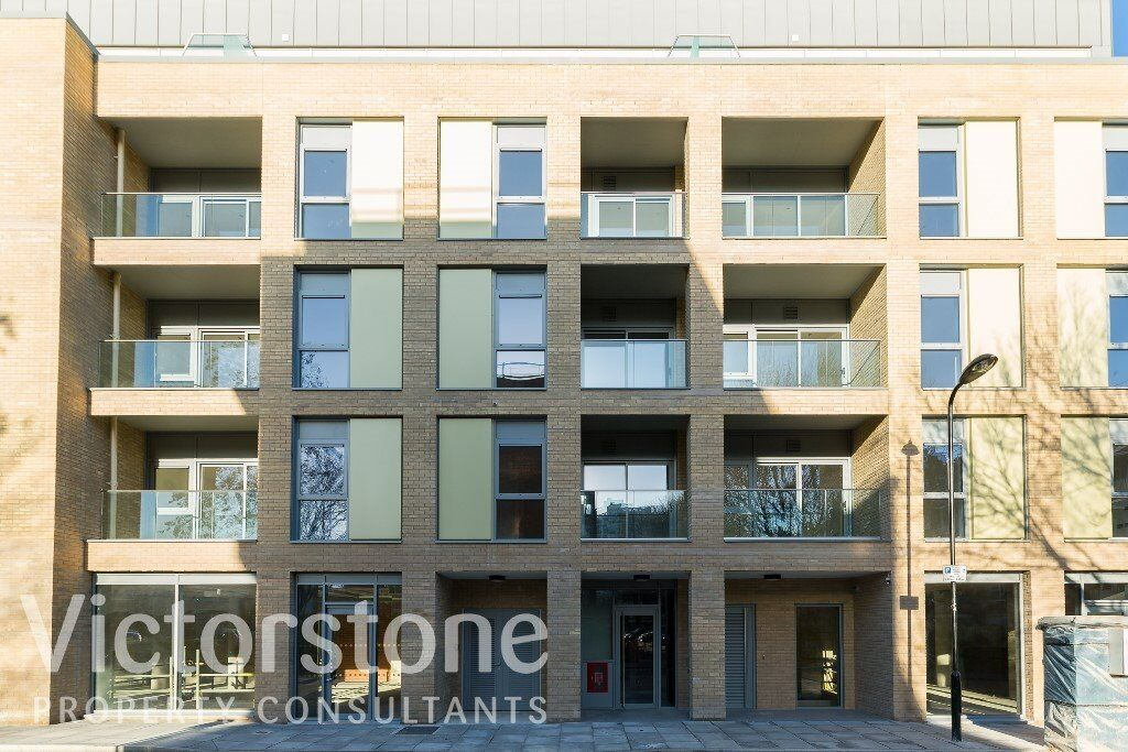 *STUNNING BRAND NEW 2 BED* *OLD STREET*