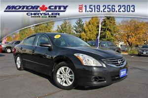 2011 Nissan Altima 2.5 Special Sun Roof Heated Seats Cruise Cont Windsor Region Ontario image 1