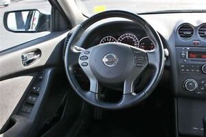 2011 Nissan Altima 2.5 Special Sun Roof Heated Seats Cruise Cont Windsor Region Ontario image 9