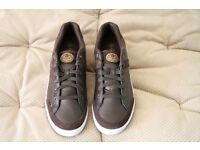Mens Dunlop Brown Leather Golf Trainers Size 8 - Brand New