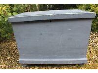 Vintage Pine box/Trunk