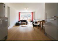 4 BEDROOM APARTMENT GROUND FLOOR FLAT WITH GARDEN BETHNAL GREEN SHOREDITCH LIVERPOOL STREET