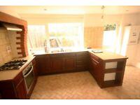 3 Double Bedroom Property | Camberwell | No Admin Fees | Hablamos Español