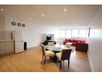 SPACIOUS ONE BEDROOM APARTMENT IN HOXTON N1! MUST BE SEEN!