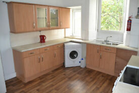 Spacious 2 Bedroom Flat - available immediately