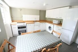 Stunning 4 Bed House - Brixton Hill - £550PW!!