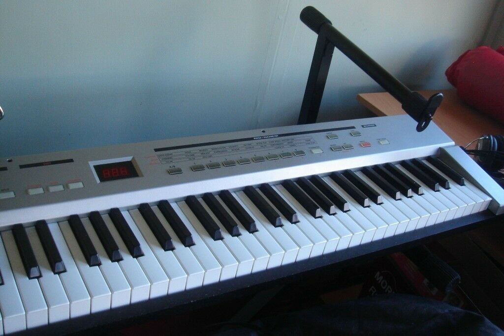 Roland A37 MIDI Keyboard 76 note Synth Action Waterfall Keys Pitch Bend NOT  USB | in Porthcawl, Bridgend | Gumtree