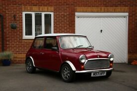 Superb 35th anniversary special edition classic mini, only 600 made for the UK market.