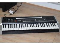 CASIO 1000P SYNTHESIZER KEYBOARD 61 KEYS CAN BE SEEN WORKING