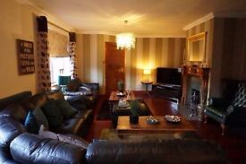 5 rooms available in 9 bedroom family home in Insch, half board options available too