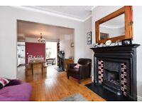 *** Beautifully presented period family house , South View Road, N8 ***