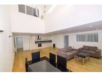 N7, Holloway Road Split Level Large bedroom 3 bathroom Warehouse Conversion On Holloway Road