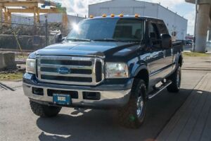 2005 Ford F-350 Super Duty Studded XLT