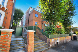 Stunning 1 bedroom flat with private garden in Crouch End