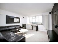 Stunning 3 Bedroom Furnished Flat To Let on Spencer Road, Chiswick