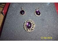 ladies vintage brooch and matching earrings