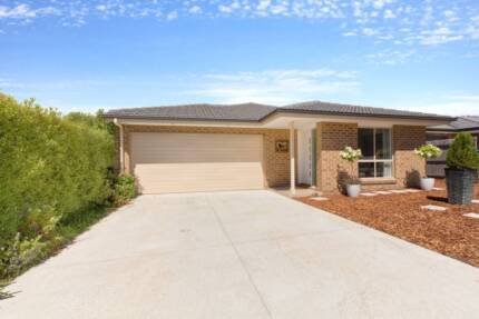 Spacious, Modern & Low Maintenance Family Home in Casey, Canberra