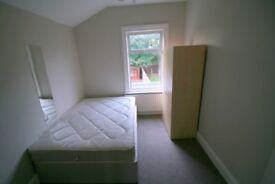 2 single + 1 double room in same new flat! 5 mins to WALTHAMSTOW CENTRAL