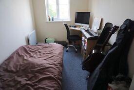 Single bedroom available 28th September in Horfield, Bristol.
