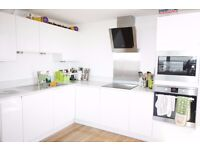 FANTASTIC :: 2 BED FLAT : AVAILABLE NOW : BETHNAL GREEN E2 : PART FURNISHED!!