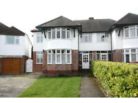 5 bedroom house in Rydal Gardens, London, SW15