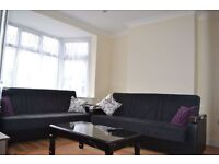 beautifully refurbished 3 bedroom house with garden fully furnished in Colindale available now