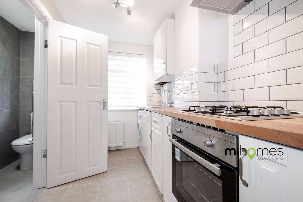 Brand New Studio With Semi Open Plan Living Space Fully Tiled Kitchen Short Walk To Bounds Green In North London London Gumtree