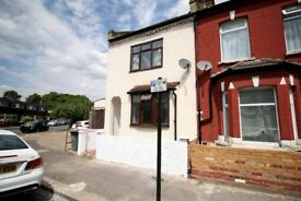 ** 4 BEDROOM SEMI-DETACHED HOUSE TO RENT ** AVAILABLE IN PLAISTOW E13, AVAILABLE NOW!