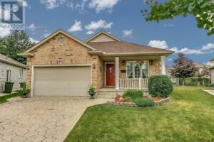 8 HARRINGTON CRESCENT St. Thomas, Ontario