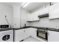 Newly Refrubished 3 Bedroom Flat Located in Barons Court