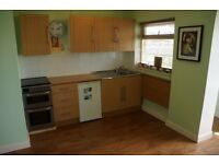 Chalet to rent in Woolacombe; available from October (minimum 6 months) £450 pcm plus deposit