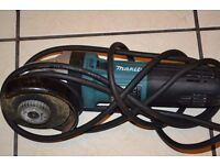 The Makita GA4541C/2 110v 125mm Angle Grinder is a a 1400w
