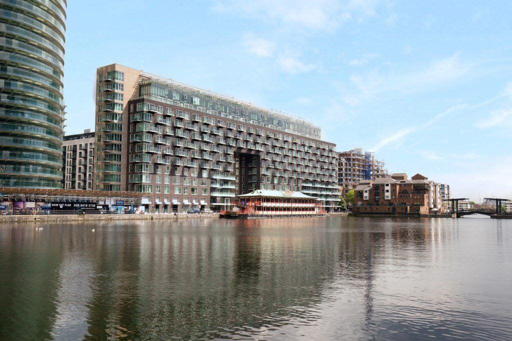 VACANT! DESIGNER FURNISHED 1 BEDROOM APARTMENT IN BALTIME WHARF / CANARY WHARF E14 BALCONY DOCK VIEW